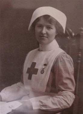 Photo:Beatrice in Red Cross uniform