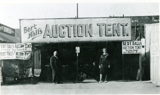Photo:Bert Hall's Auction Tent at Mablethorpe in the 1930s