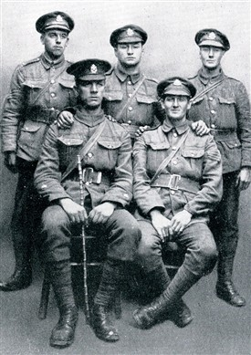 Photo:Comp. Sergt.-Major J.T. Slater (back left) with N.C.O.s of 'A' Company in 1917