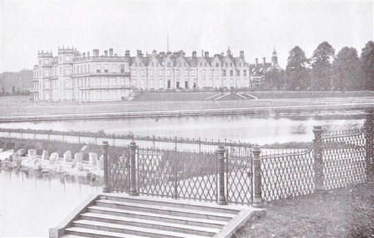 Photo:Welbeck from the lake, c.1903