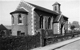 Photo:Holy Trinity Church, Low Road, Besthorpe, in c.1994