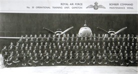 Photo:Personnel photograph at RAF Gamston 30 OTU
