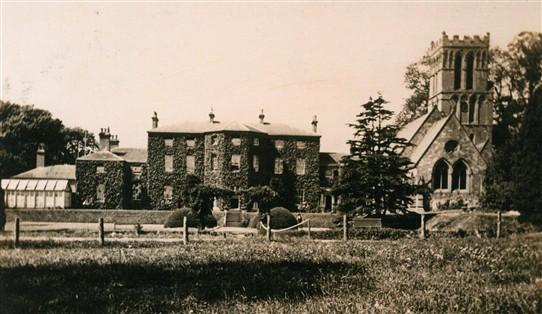 Photo:Thurgarton Priory and parish church in the early 20th century