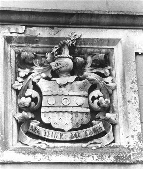 Photo:Stone crest in the east gable of the Lodge at Thurgarton Priory