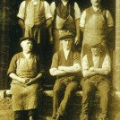 Photo:Brewery workers, Newark, 1920s