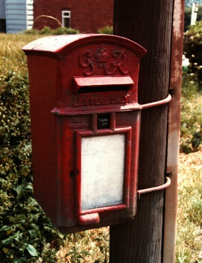 Photo:Telephone poll-mounted 'Lamp Box' at Winkburn, 1985