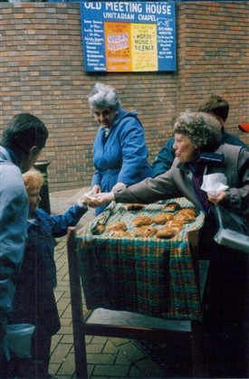 Photo:The distribution on Stockwell street in 2004